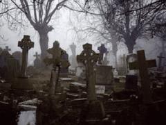 Видеть во кладбище — что означает кладбище?