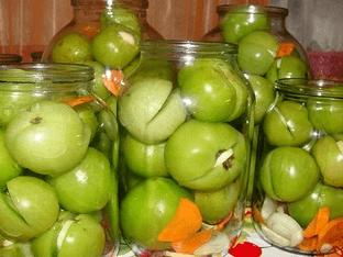 Как мариновать зеленые помидоры?