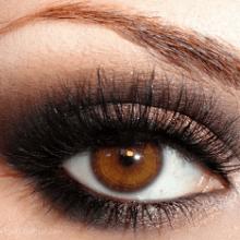 Какие цвета теней подходят для карих глаз?