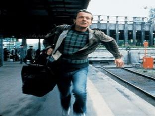 Опаздывать на поезд во сне, к чему это?