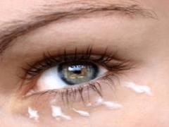 Средства борьбы с морщинами вокруг глаз