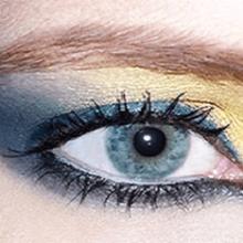 Тени для голубых глаз, какие выбрать?