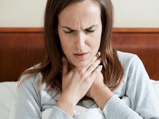 Что делать, если болит горло по ночам?