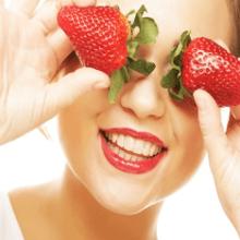 Клубничная маска для лица: рецепты, применение