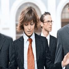 Женщина в мужском коллективе — о чем следует знать?