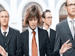 Женщина в мужском коллективе - о чем следует знать?