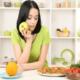 Как обмануть чувство голода и уменьшить аппетит?